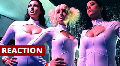 Space Babes from Outer Space (2017) Official Trailer Reaction and Review